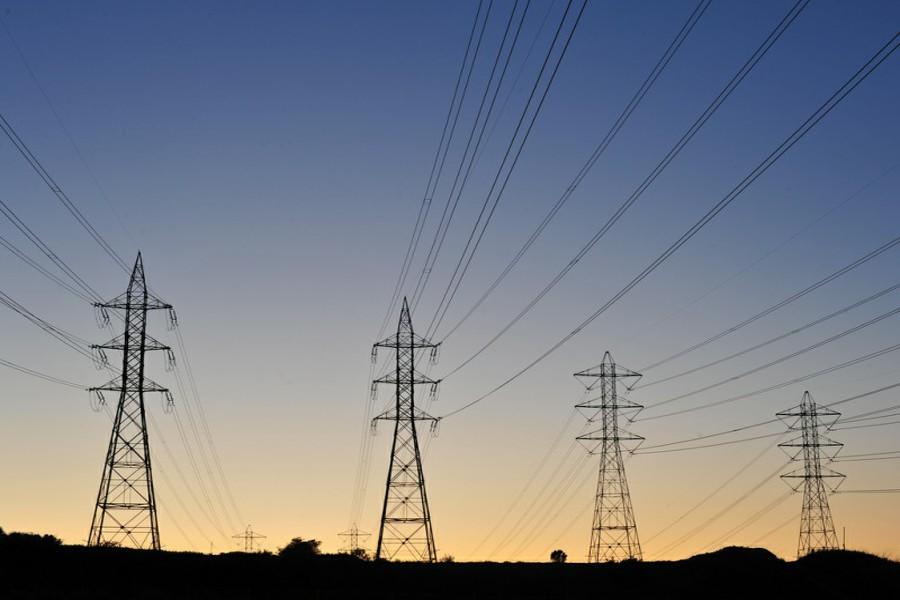 کاردار آمریکا: عراق از تحریم واردات برق و گاز ایران معاف است