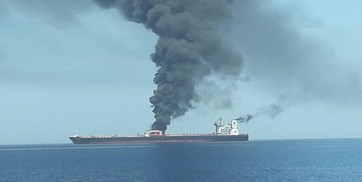 کمک ایران به ملوانان و خدمه دو نفتکش حادثهدیده در دریای عمان