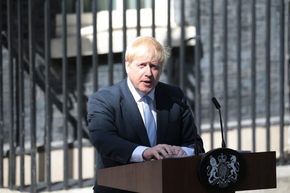 نخست وزیر جدید انگلیس:                                 برگزیت یک فرصت عظیم اقتصادی است