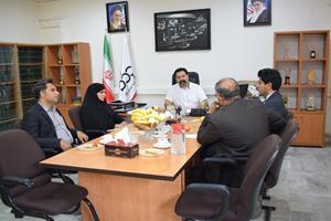 بازدید شهردار و رئیس شورای شهر بم از کارخانه بندرعباس