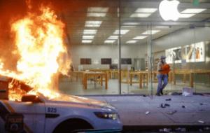 فروشگاه های اپل به علت شورش و غارت در آمریکا تعطیل شدند!!