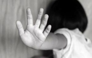 تجاوز 4 مرد به دختر نوجوان / در خانه چه گذشت؟!