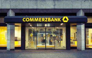 اخراج 2300 کارمند و تعطیلی 200 شعبه کامرز بانک آلمان