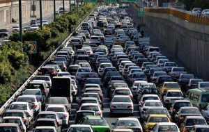 (ترافیک سنگین در آزادراه قزوین-تهران/انسداد شبانه محور هراز