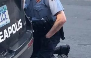 رفتارخشونت آمیز پلیس آمریکا در برخورد با معترضان+تصاویر دلخراش+فیلم+حمله به معترضان با اسب!!!