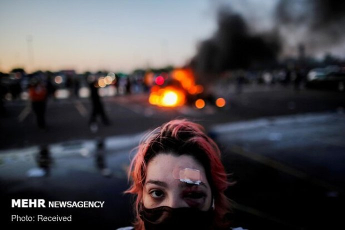حضور افراد مسلح در میان معترضان شهر سیاتل آمریکا