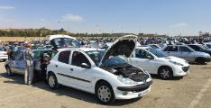 (بازار خودرو در انتظار ثبات نرخ ارز و بازگشت روال عادی معاملات