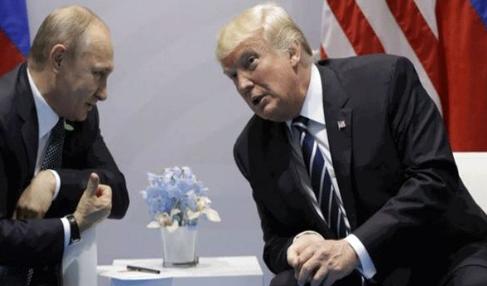بایدن: پوتین، ترامپ را مانند «توله سگ» به این طرف و آن طرف میبرد