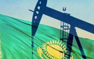 (قزاقستان تولید نفت خود را در ماه ژوئن کاهش میدهد