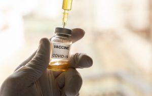 (فیس بوک اطلاعات غلط در مورد واکسن کرونا را حذف می کند!