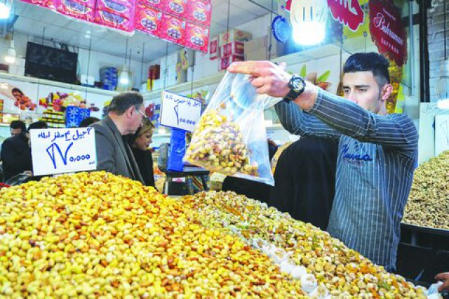 شروع طرح نظارت بر بازار عید از هفته آینده؛ نهاده مرغداران متخلف قطع شد