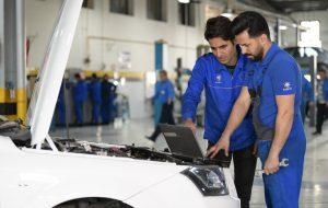 (تندیس طلایی حقوق مصرف کنندگان برای دو نمایندگی ایران خودرو