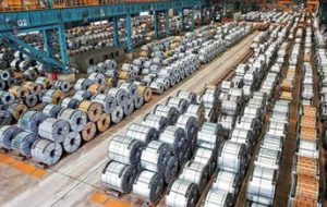 عبور از مرز ۷ میلیون و ۶۰۰ هزار تن فروش انواع محصولات شرکت فولاد مبارکه در سال «جهش تولید»